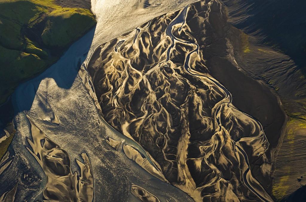 Lebensadern der Erde (Island) © Roland Schweizer