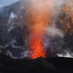 Vulkanausbruch (Stromboli, Italien) © Roland Schweizer