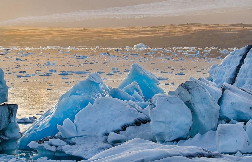 Warm und Kalt (Island) © Roland Schweizer