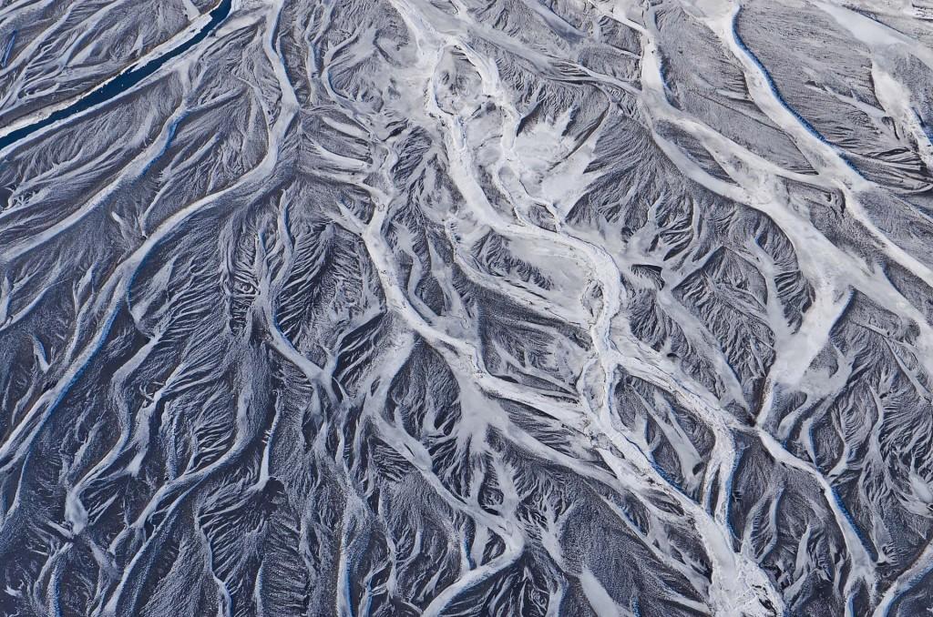 Frozen Rivers (Island) © Roland Schweizer